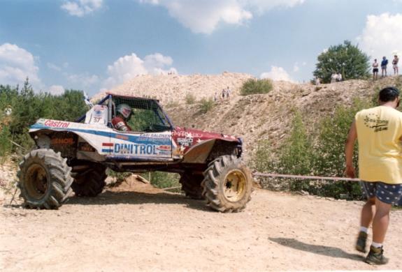 EMtrial2001-1